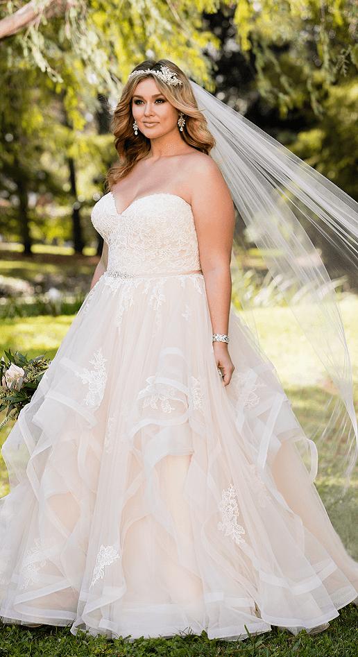 Marlowe stella york tulle ballgown