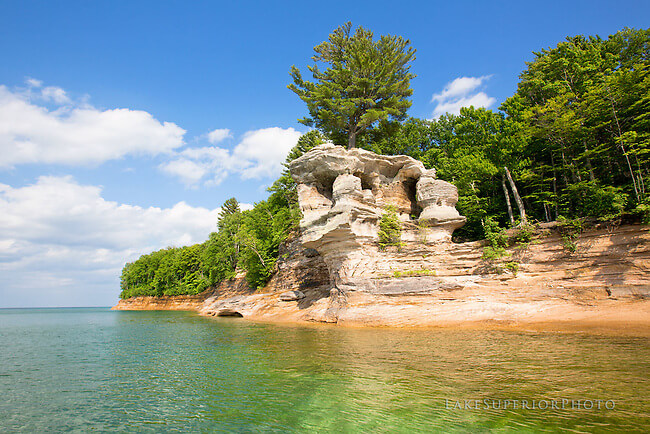 pictured rocks chapel rock