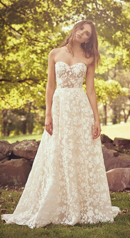 boho lace wedding gown with full skirt