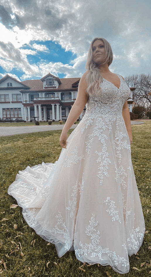 Stella York Lace Tulle Bridal Gown